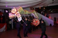 Residentes celebraron  Año Nuevo Chino con coloridos bailes y trajes típicos