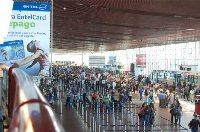 SERNAC oficia a LAN por problemas de atochamientos y sobreventas de pasajeros