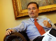 """Presidente Piñera ratifica a Pereira en su cargo y oposición responde: """"Le han mentido al país"""""""