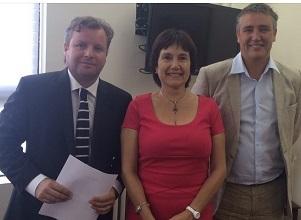 Alianza entre Senador Rossi y Diputado Trisotti que piden agilizar inicio de obras de hospital de Alto Hospicio