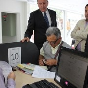 Víctimas de la dictadura reconocidas en Informe pueden inscribirse para cobrar bono reparatorio