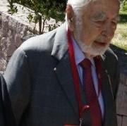 Colegio de Periodistas y agrupaciones de DDHH exigen procesar a Agustín Edwards por sedición