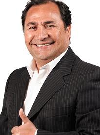 Candidato de la NM Patricio Ferreira acusa a Ramón Galeguillos de persecusión