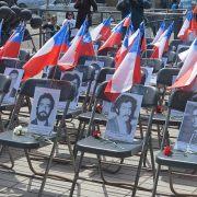 En memoria de las 35 víctimas de la dictadura en Iquique y Pisagua  asesinadas entre 1973-1974