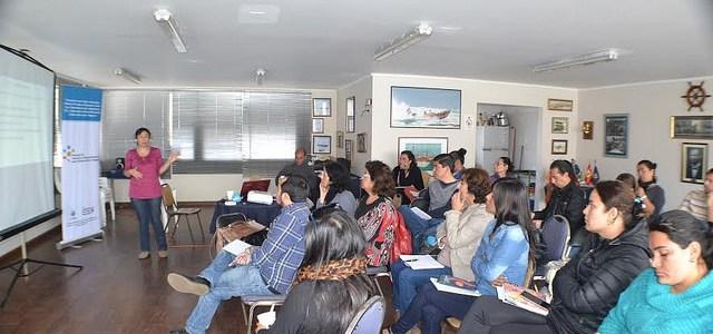 """Funcionarios Públicos se preparan para la """"Innovación y Descentralización para el Desarrollo de Tarapacá"""""""