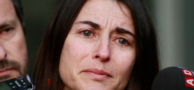 Señora de Orpis llora ante prisión preventiva contra el senador desaforado