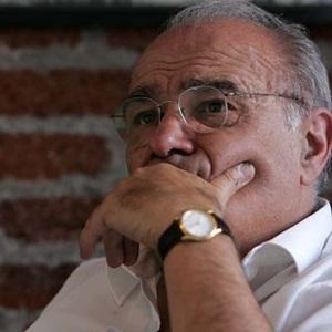 Polémica muñeca cobró la cabeza de Fantuzzi: Renunció a la presidencia de Asexma