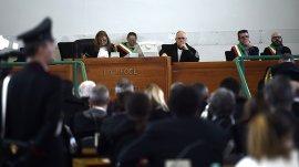 Justicia de Italia condena a cadena perpetua a dos militares chilenos por la Operación Cóndor