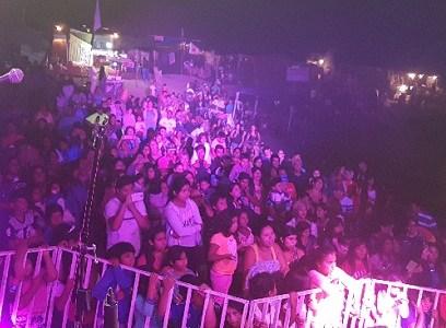 Con fiesta celebraron carnavales en  Barrio Salitrera Victoria y Playa Palo Buque