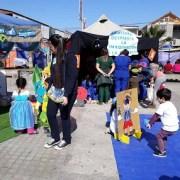 """Parvulitos  junto a sus familias y comunidad participaron en actividad """"Aquí se lee con Violeta"""""""
