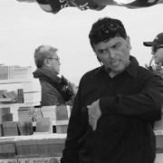 En el día de libro Teatro No Más rinde tributo a fallecido escritor y periodista, Patricio Riveros Olavarría