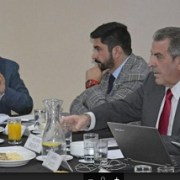Autoridades y ex autoridades nacionales coinciden con alcalde Mauricio Soria, sobre  falta de competitividad del Puerto de Iquique
