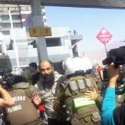"""Como """"una detención selectiva"""" califica el abogado Claudio Vila la detención del dirigente Juan Ramírez, que deberá pasar la noche en el cuartel policial."""