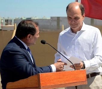 Alcalde Ferreira y Concejo en pleno, exponen necesidades de Alto Hospicio a Ministro Monckeberg