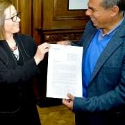 Alcalde Soria refuta a subsecretaria de Bienes nacionales respecto a la situación del proyecto Nuevo Iquique, en Playa Lobito