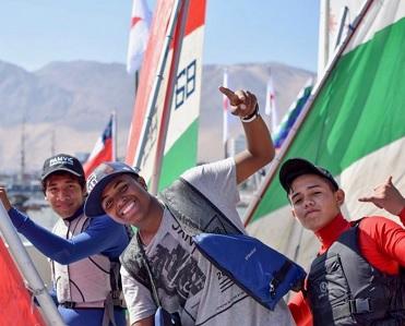 Iquiqueños destacan en tercera fecha del Campeonato Zonal Norte de Escuelas de Vela 2018