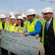 Ministra de Deportes entregó a alcalde Mauricio Soria recursos para continuar con obras del estadio Tierra de Campeones