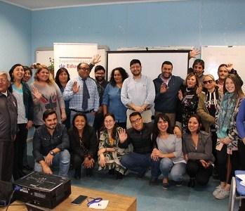 Directivos, docentes, profesionales de convivencia escolar y psicopedagogos de Huara en jornada con Superintendencia.