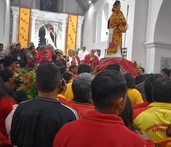 Obispo Guillermo Vera dijo sentirse ofendido por disturbios entre cargadores y portadores