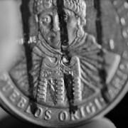 Monedas de libertad: La protesta que invita a rayar las monedas de $100 en apoyo al pueblo Mapuche.
