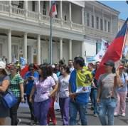 Mientras siguen movilizaciones por reajuste a funcionarios públicos, Gobierno no para con la raccia de despidos