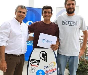 Corporación Municipal de Deportes respalda a bicecampeón mundial de Body Board, Yoshua Toledo