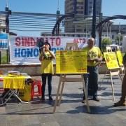 Manifestantes ingresaron a la AFP Provida para rechazar actual sistema de pensiones. Otra acción fue una marcha en el centro de Iquique