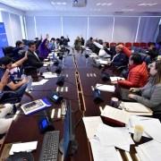 En sesión de Régimen Interno del Consejo Regional se analizó el caso CORE-Candel. La situación se tensiona más.