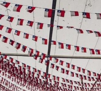 """Los septiembres en Chile: """"Transcurren entre los grandes hitos de su historia y destapan contradicciones de la sociedad"""""""
