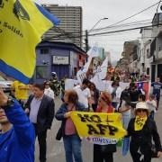 Marcha No Más AFP congregó a parlamentarios de oposición, gremios, trabajadores y ciudadanía