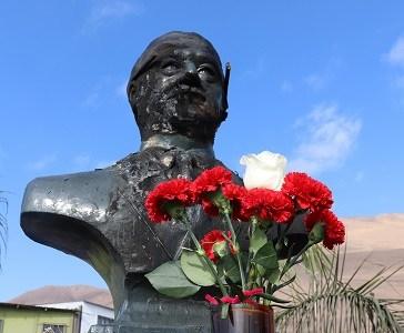 Atentado incendiario: Furia de fanáticos no logró destruir memorial que honra la figura del Presidente Salvador Allende.