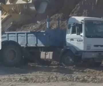 Caso en Contraloría: Cuestionan a alcalde de Pozo Almonte por uso de maquinaria municipal en empresa en la que tiene participación