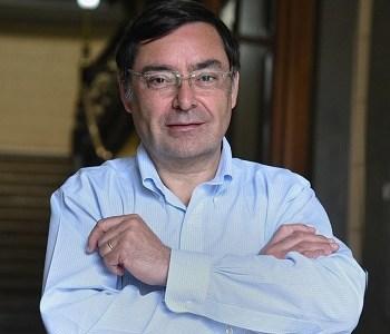 Inminente acusación constitucional contra el intendente de Santiago Felipe Guevara