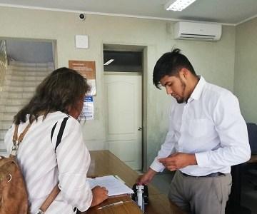 """Concejales de Pica acuden a Contraloría buscando """"justicia social"""" y evitar que alcalde Iván Infante se suba el sueldo"""