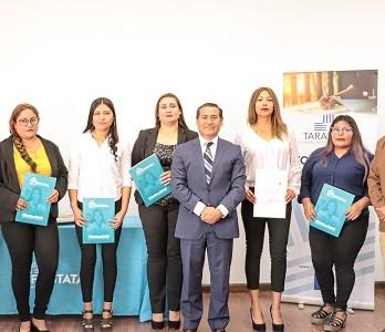 Estudiantes del Centro de Formación Técnica Estatal reciben su primera certificación en oficios calificados