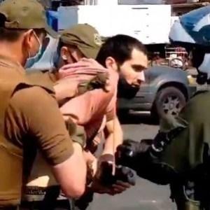 Detención de manifestante que gritó contra el Presidente pone en duda la libertad de expresión
