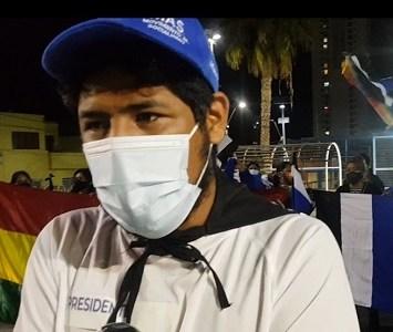 Bolivianos residentes celebraron con caravana y manifestación triunfo presidencial de Luis Arce, representante del Movimiento al Socialismo