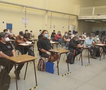 Implementan cursos para apoyar a quienes han perdido sus empleos o implementan iniciativas económicas
