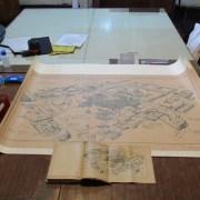 Plano original reeditado, del entorno de la Plaza Montt el día de la Masacre, entrega arquitecto Lawner a Escuela Santa María y Museo Regional