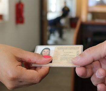 IMI alerta de estafas por redes sociales, para obtener licencia de conducir, sin cursos ni exámenes