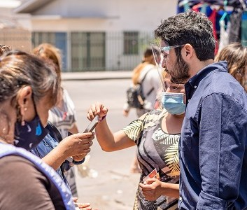 Candidato a Gobernador José Miguel Carvajal proponeGuardería y Sala Cuna en Ferias Itinerantes de Tarapacá