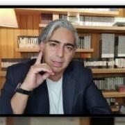 """Marco Enríquez-Ominami emplaza a Piñera: """"Postergar las elecciones es un asunto de vida, Chile no es un casino"""""""