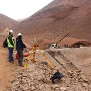 Un 50% de avance tiene la construcción de los muros de control aluvional en las quebradas Zofri y Esmeralda en Iquique
