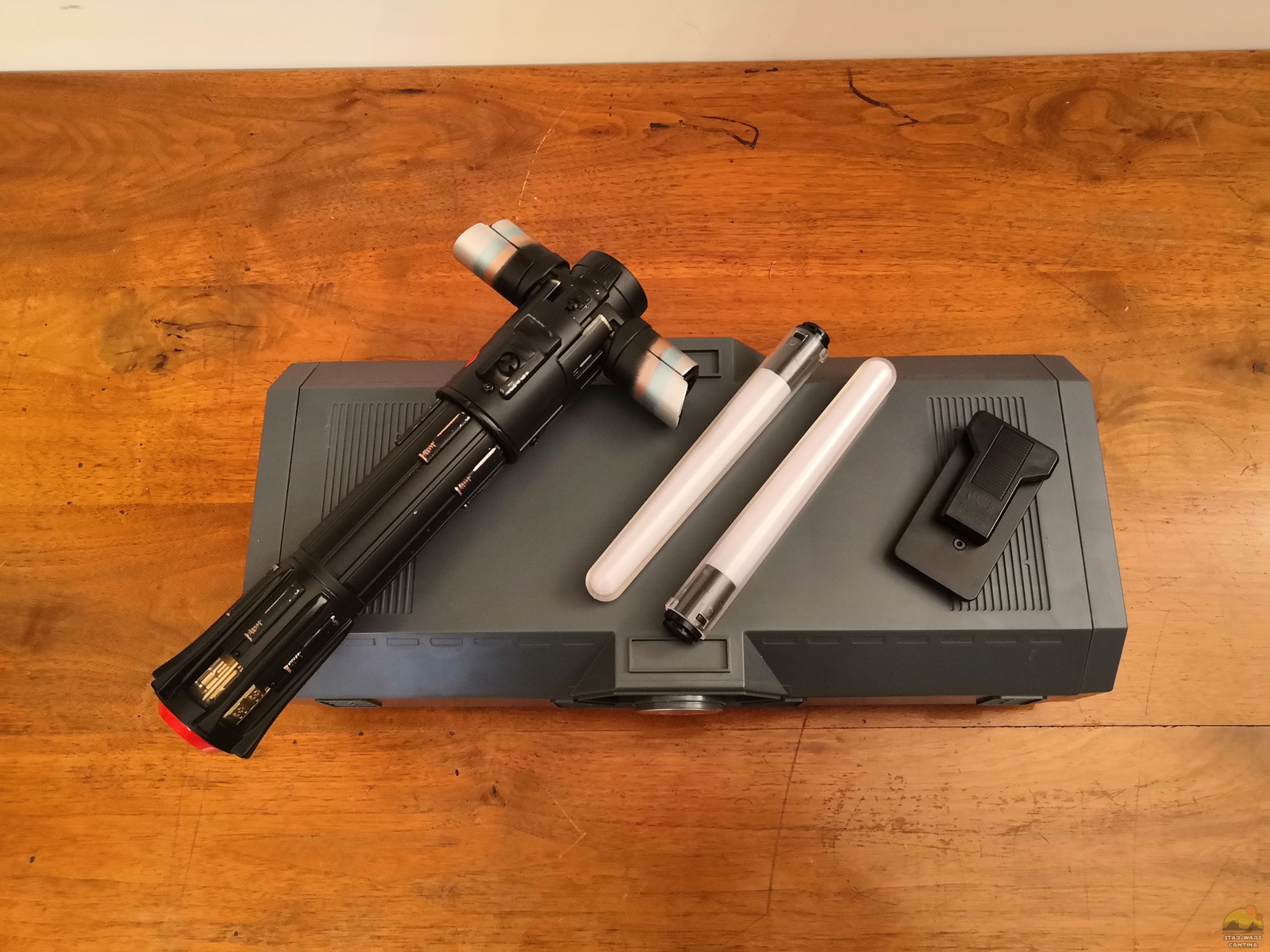 Kylo Ren Lightsaber [Legacy collection] (4)