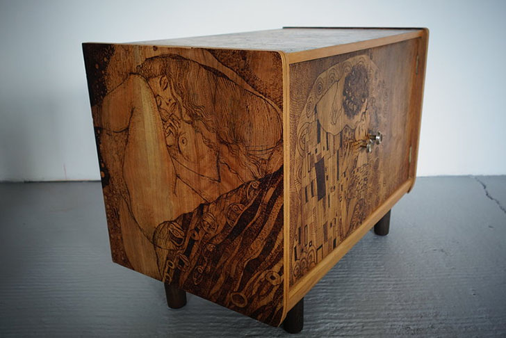 Artistic Furniture With Wood Burning - Artistic furniture