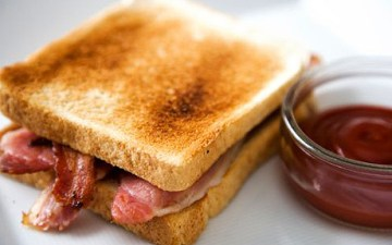 Lovely bacon sandwiches / rolls