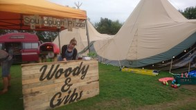 Homemade wood-fired pizzas available on weekends