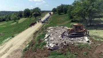 Ormanlardaki kaçak yapılar yıkıldı