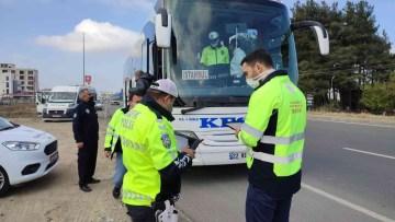 Keşan'da yolcu otobüsleri ile yazıhaneler denetlendi