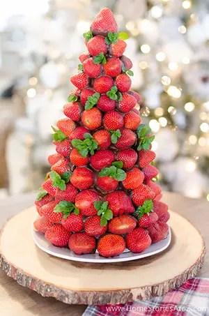 strawberry christmas tree dessert